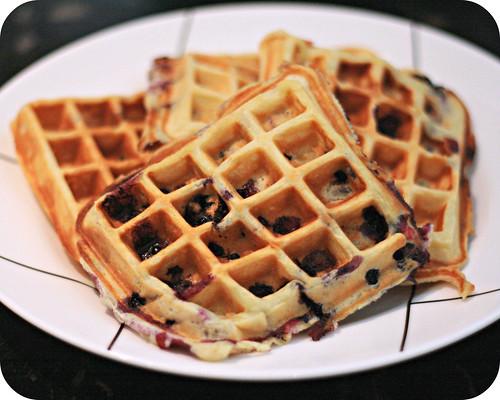 So Tasty So Yummy: Blueberry Yogurt Waffles