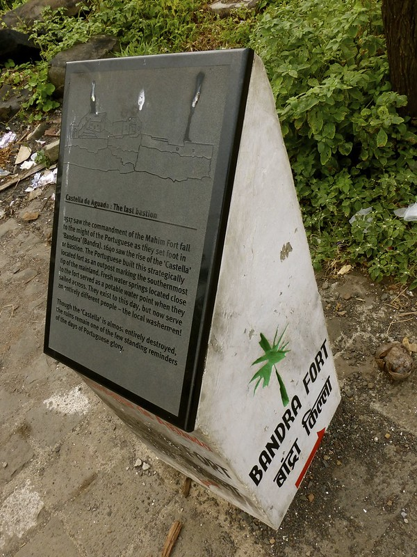Bandra Fort - history on a plaque