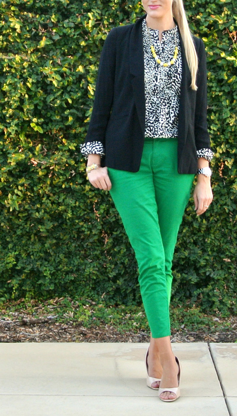 Outfit: green + snow leopard