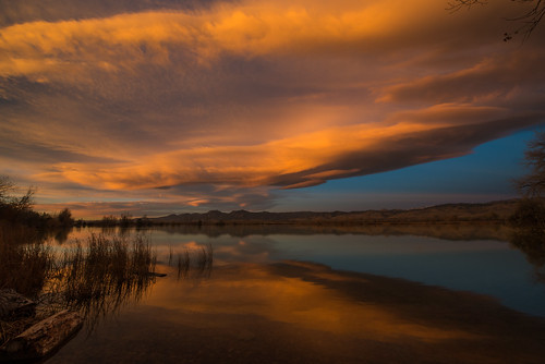 sunrise day cloudy lenticular bouldercolorado cootlake wavecloud