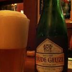 ベルギービール大好き!! デ・カム オード・グーズ De Cam Oude Geuze @ビスカフェ