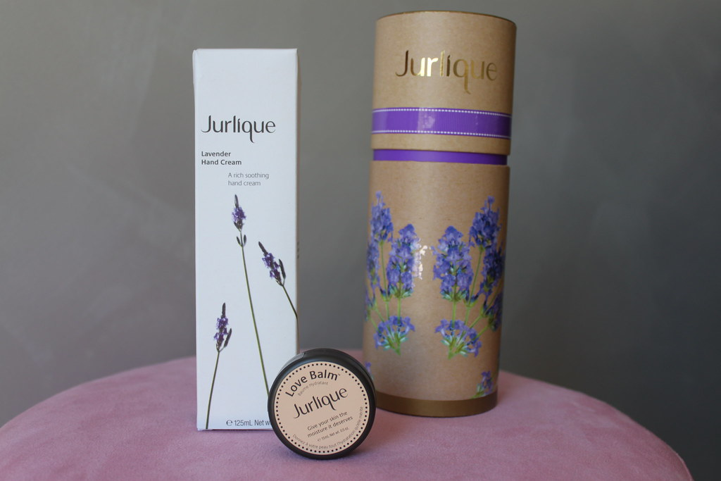 Jurlique lavender essentials gift set christmas beautiful natural oil australian beauty review love balm hand moisturizer moisturiser pretty ausbeautyreview aussie blog blogger