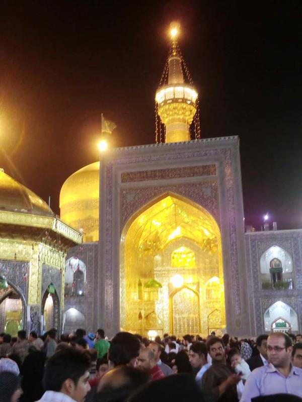 154  Patio Interior de la mezquita de Iman Reza en Masshad. Foto de Majid Kharinkani (5)