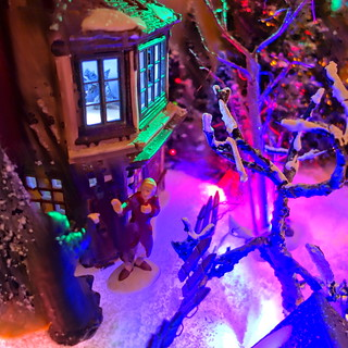 Dicken's Christmas Village 2013: Scrooge and the Ghost of Christmas Future
