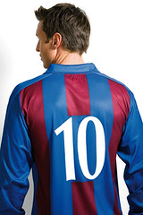 superhero(0.0), jacket(0.0), sports uniform(1.0), clothing(1.0), sleeve(1.0), cobalt blue(1.0), outerwear(1.0), electric blue(1.0), jersey(1.0), sportswear(1.0), blue(1.0),