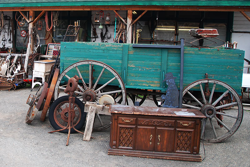 Antiques and Collectibles in Clinton, Cariboo, British Columbia, Canada