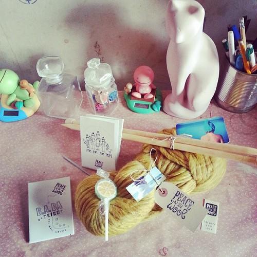 ♣ commande @peaceandwool reçu.  Tout fut parfait de a à z . merci ♣ #peaceandwool #knit #tricot #ourlittlefamily #france