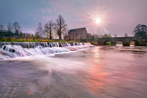 longexposure morning bridge ireland fish canon river spring fishing stream tripod salmon filter nd flowing oldmill runningwater cascade leap nore waterway springtime weir manfrotto freshwater 292 471 castletown 70d blurredwater countylaois milkywater