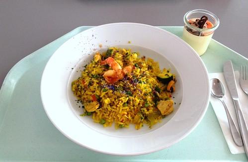 Spanische Paella mit Meeresfrüchten, Fisch & Huhn / Spanish paella with seafood, fish & chicken