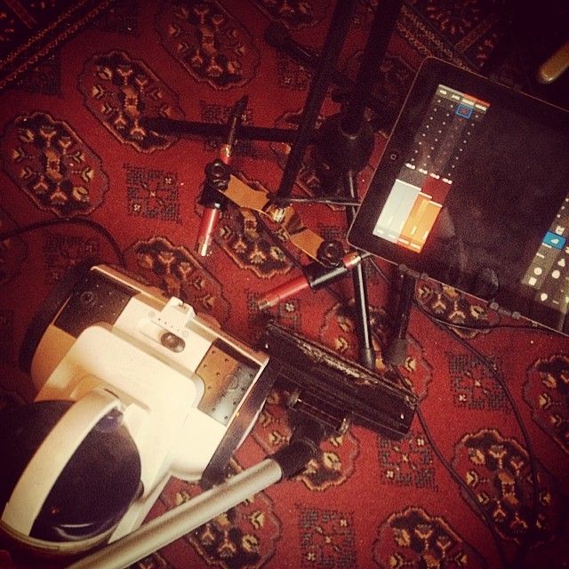 Recording the Hoover tonight. It's a nonstop rock roll party in this house. #sounddesign #sounddesigner #hoover #sampling #samples #studio #noise
