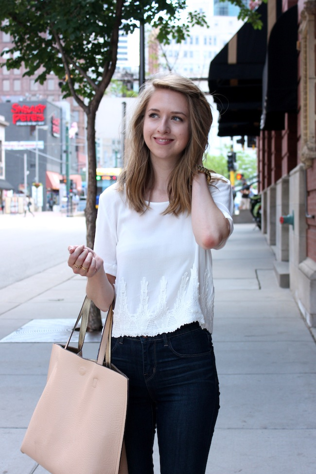 chelsea+lane+truelane+zipped+blog+minneapolis+fashion+style+blogger+lily+violet+blu+pepper+crop+top+high+waist+jeans+dstld+lulus+madewell+d'orsay4