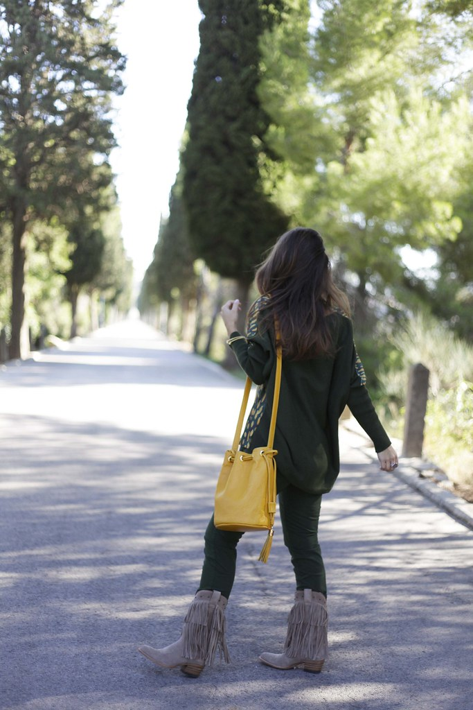 04_GREEN_LOOK_FOR_AUTUMN_WITH_RÜGA_FASHION_BLOGGER_THEGUESTGIRL