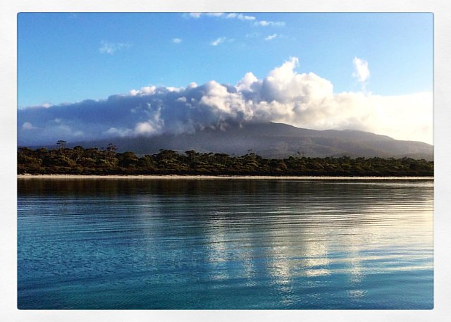 249/365 • good morning Maria Island - we are yet to see you without your cloud toupee ☁️ • #249_2016 #tasmania #tasmaniagram #discovertasmania #goodmorning #view #bellalunaboat #Summer2016