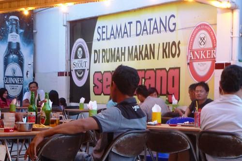 Makassar-Restos-Bar (3)