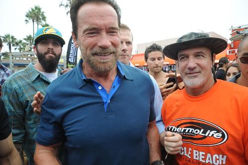 Arnold Schwarzenegger, Jonas Never, Ron Kramer
