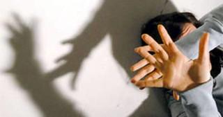 violenza-donne-arresto.jpg_415368877