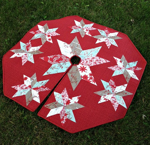 Star of Wonder Tree Skirt