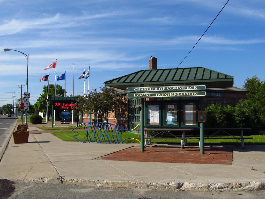 International falls carte northeastern minnesota for Homecourt code postal
