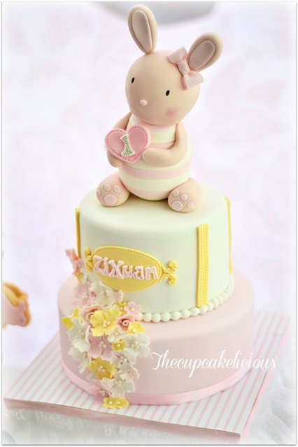 bunny themed cake (2)