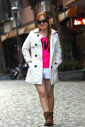 street old city pink woman hot sexy college girl beautiful beauty lady female walking asian boot town cool model pretty pants modeling coat ying young taiwan sensual cobblestone teen short views attractive taipei ge 10000 tenthousand yingge str smileplease konomark