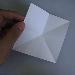 วิธีพับกระดาษเป็นรูปดอกลิลลี่ 001