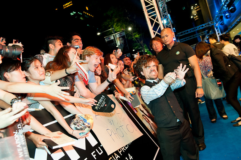Blue Carpet - Peter Dinklage
