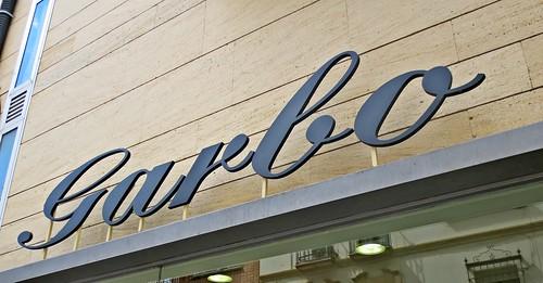 letrero de la tienda Garbo