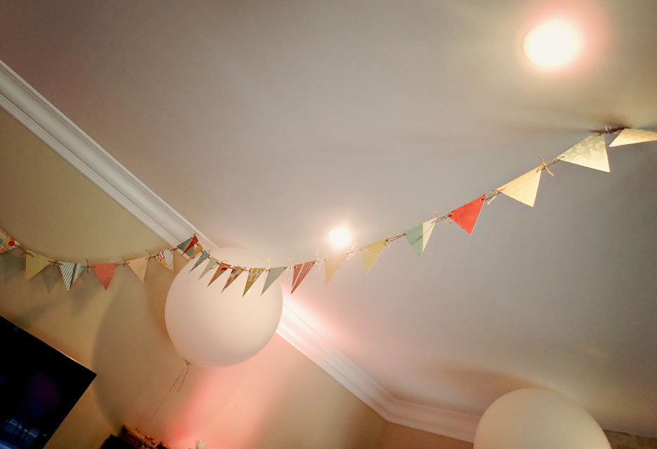 052414_01_decorationsInside02