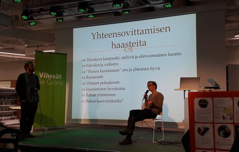 Kirsi Louhelainen puhuu kaavoituksen haasteista Espoossa