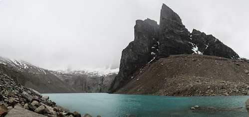 Torres del Paine: les Torres cachées par le brouillard.