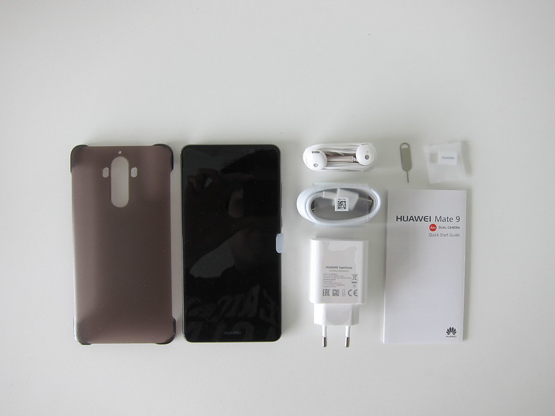 Huawei Mate 9 - Box Contents