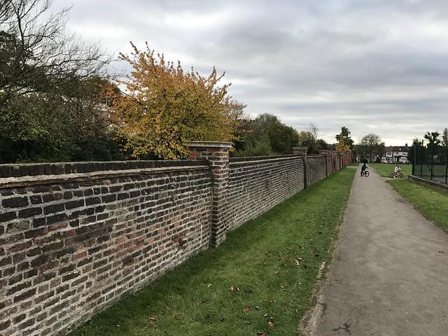 A walk across London (north/south) part 1