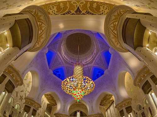 8mmf18 abudhabi architektur asien blau blauestunde braun em5markii farbe gold grün hdr licht lila mzuiko microfourthirds olympus reise rot sakralbauten sheikhzayedgrandmosque vae architecture blue brown color golden green kgiesel light m43 mft purple red travel violett snshdr