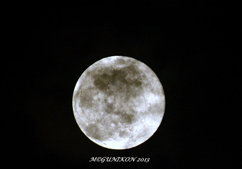 Dirty Supermoon by McGun