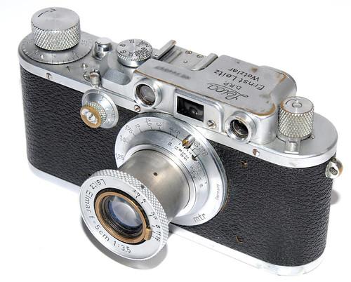 Leica III A, omito la numeración. by Octavi Centelles