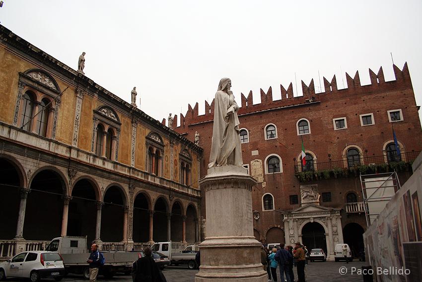 Piazza dei Signori. © Paco Bellido, 2006