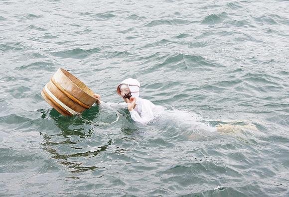 日本海女表演14