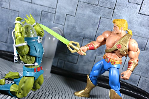 He-Man vs Slush Head