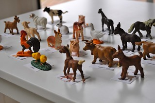 Farm Animal Figures and Pictures Matching