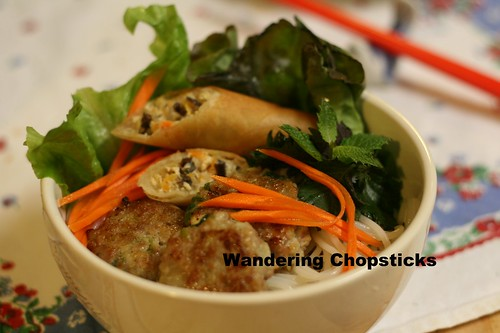 Bun Nem Nuong Cha Gio (Vietnamese Rice Vermicelli Noodles with Grill Pork Patties and Egg Rolls) 4