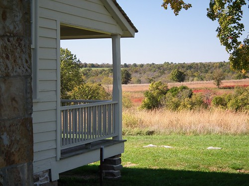 autumn house history fall grass hill civilwar porch rayhouse wilsonscreeknationalbattlefield bloodyhill naturegurl01