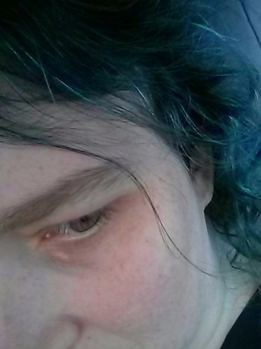 11/16. Hair
