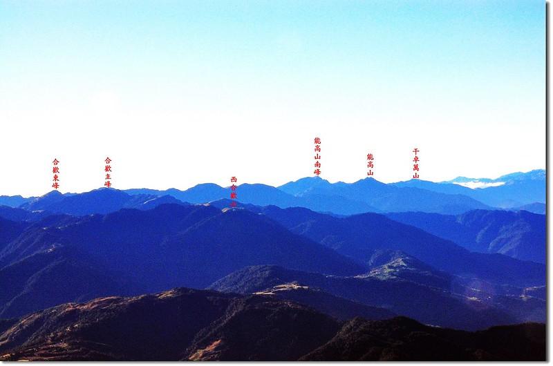 大劍山頂遠眺東南方 1