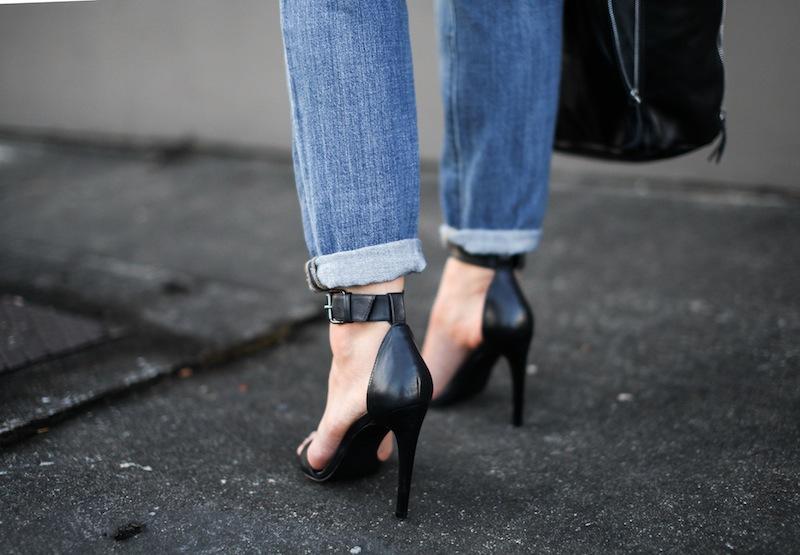 modern legacy fashion style blogger australia bassike french stripe boyfriend jeans tibi amber heels najo (1 of 3)