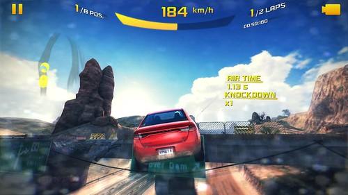 เกม Asphalt 8: Airborne บน HTC One Max