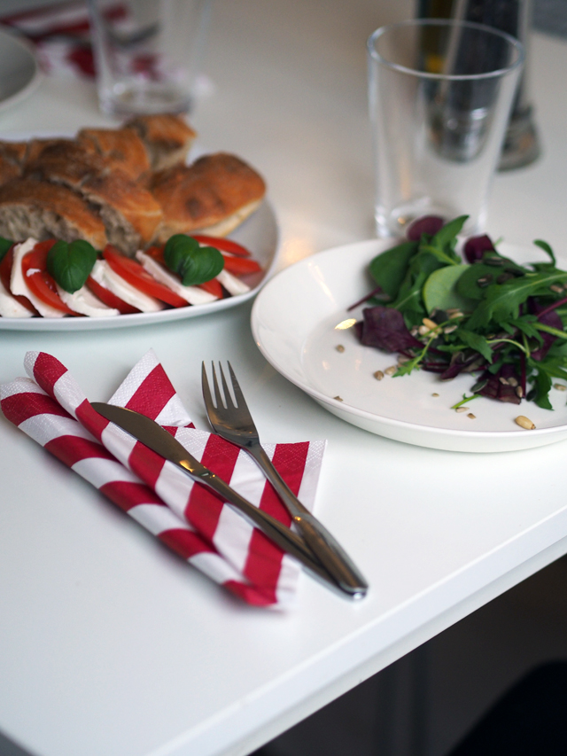 mozarella salaatti