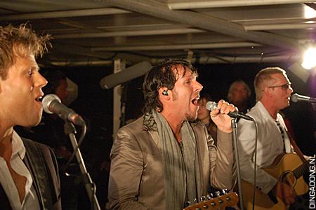 2011_party_nl_3js