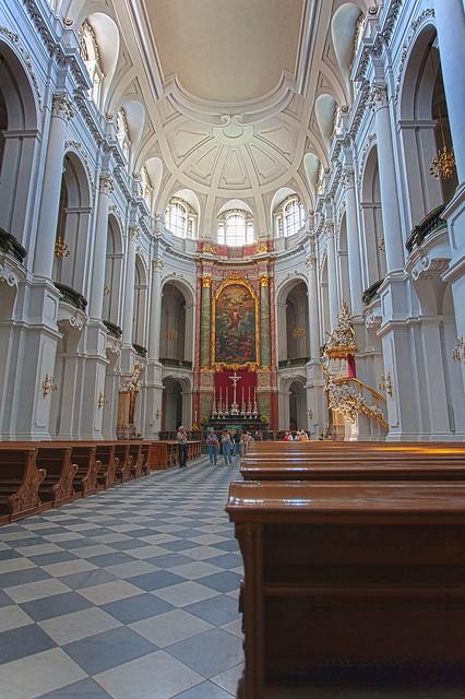 Hofkirche interior