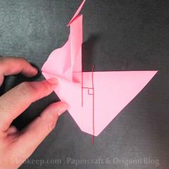 สอนวิธีการพับกระดาษเป็นรูปเป็ด (Origami Duck) - 017.jpg