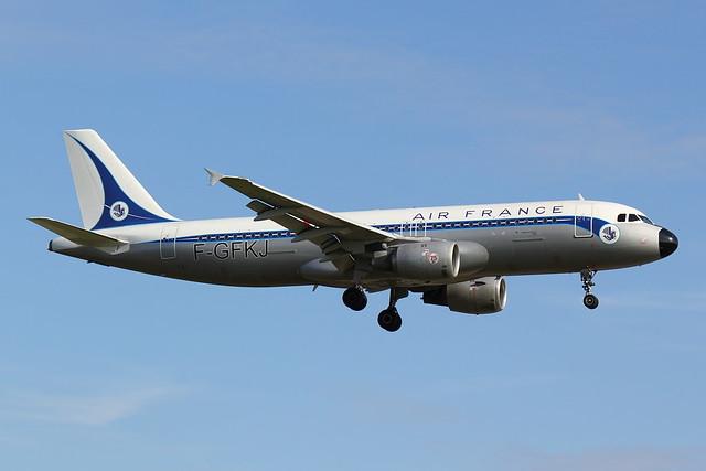 Air France - A320 - F-GFKJ (1)